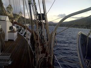 anchoredCatalinaTallShip